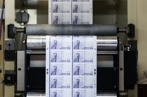 Dansk indlemmelse i bankunionen  kan ende med at koste os dyrt, siger Lave K. Broch Foto: Nationalbanken